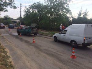 В Днепровском районе Запорожья столкнулись две