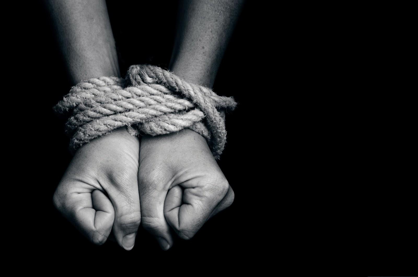 В Запорожье проходит круглый стол по вопросам противодействия торговли людьми - ФОТО