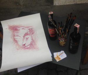 Запорожская художница создает удивительные картины с помощью алкоголя - ФОТО