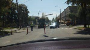 В центре Запорожья приступили к восстановлению поврежденной после ливня дороги - ФОТО