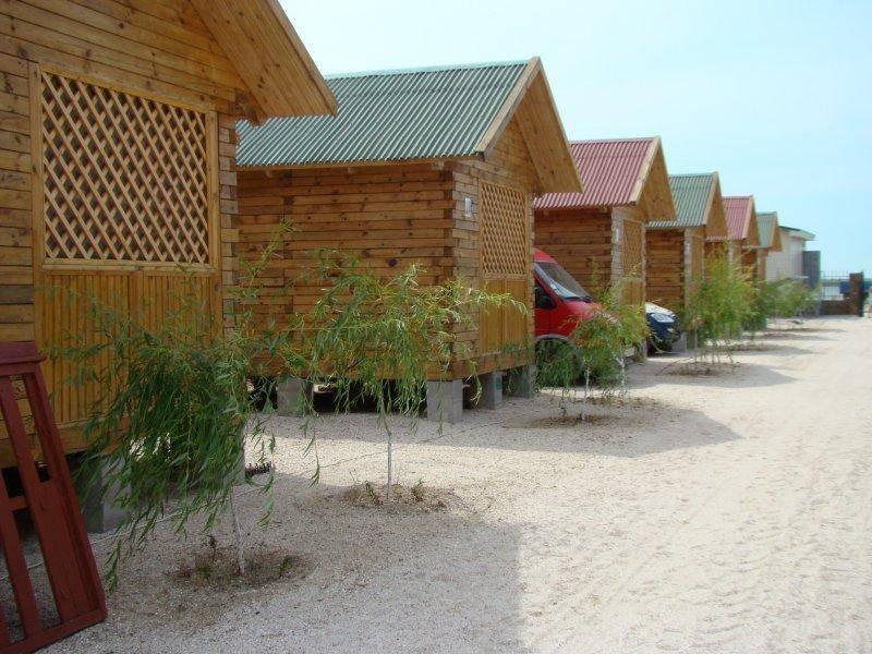 В Кирилловке россиянин пробрался в домики на базе отдыха и обокрал отдыхающих - ФОТО