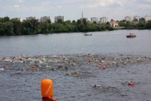 Впервые в Запорожье на центральном пляже состоится массовый заплыв через Днепр