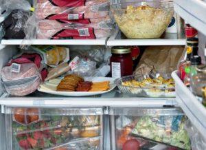 Жители Запорожья продолжают травиться некачественными продуктами