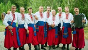 Под Запорожским дубом проведут праздник украинской песни