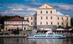 5 недооцененных туристами городов Украины