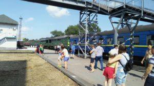 ЧП с поездом в Запорожской области: пострадали 26 пассажиров - ФОТО