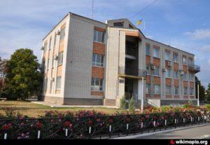 Суд оштрафовал запорожского депутата, который забыл задекларировать покупку нового дома