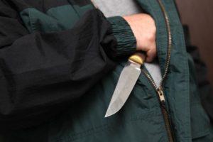 В Запорожской области 22-летний парень изрезал ножом своих родителей