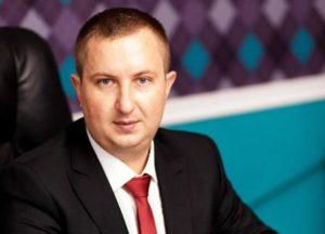 Один из самых богатых запорожских депутатов продал свой Lexus за полмиллиона гривен
