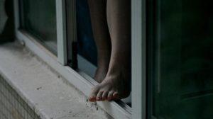 В Запорожской области молодая мама выпала из окна 8-го этажа