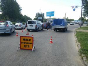 В Запорожье на кольце возле Дубовки произошло тройное ДТП - ФОТО
