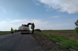 В Запорожской области продолжается ремонт трассы на Мариуполь - ФОТО