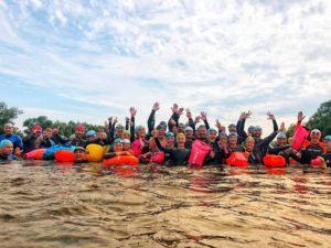Масштабно, красочно и спортивно: в Запорожье на центральном пляже состоится массовый заплыв через Днепр