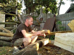 Запорожские реставраторы осваивают древние методы и технологии строительства казацких лодок - ФОТО