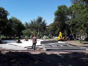 В Запорожье сотрудники ГАСКа наконец-то заинтересовались строительными работами в парке Яланского  - ФОТО, ВИДЕО