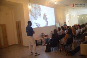Разработка новых экскурсионных туров, лекции и мастер-классы: в Запорожье открылась школа гидов - ФОТО