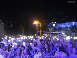 Более 35 тысяч запорожцев собралось на главной площади, чтобы отпраздновать День Независимости Украины - ФОТО