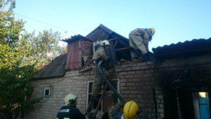 В Запорожской области горели жилой дом и надворные постройки - ФОТО