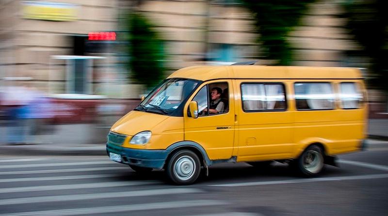 В Запорожской области полиция остановила пьяного маршрутчика