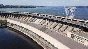 В Запорожье начался ремонт моста на плотине ДнепроГЭС