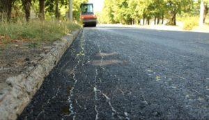 Запорожские депутаты пожаловались на «выборочный» ремонт дорог