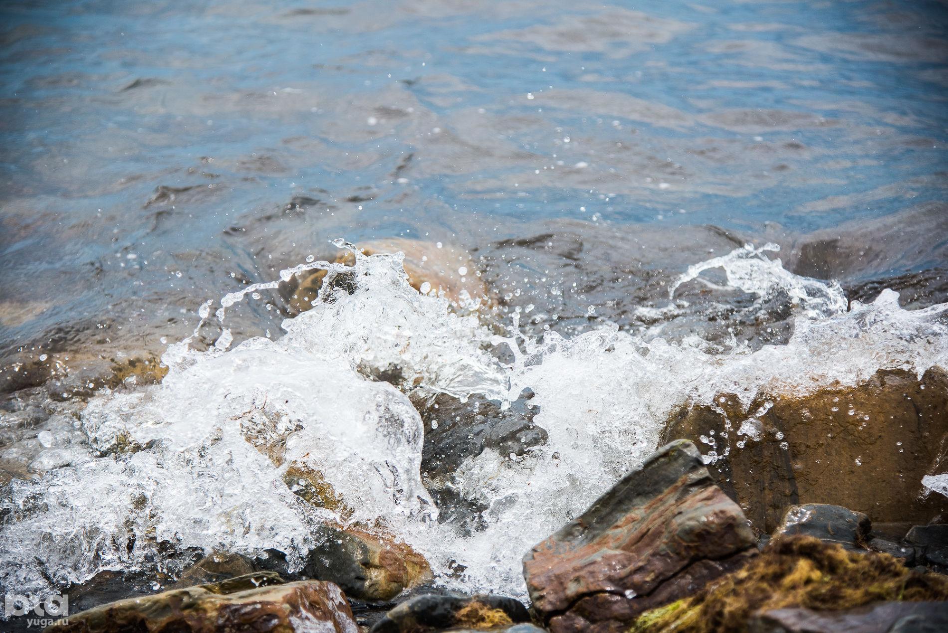 В Кирилловке отдыхающие обнаружили на берегу моря труп