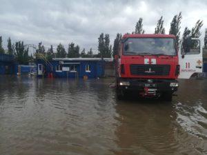 Два района Бердянска из-за непогоды остались без света - ФОТО