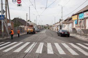 В Запорожье завершили ремонт дороги с бесшумными трамвайными рельсами – ФОТО