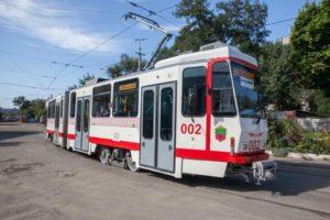 В Запорожье на линию пустили первый европейский б/у трамвай - ФОТО