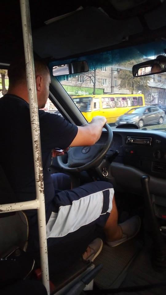 В Запорожье маршрутчики снова отказывают в льготном проезде ветеранам АТО- ФОТО