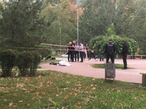 В одном из запорожских скверов обнаружили труп - ФОТО