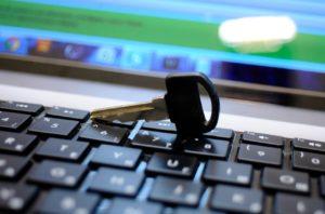 С начала года запорожцы получили 38,5 тысячи электронных ключей