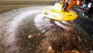 В Запорожской области намерены закупить три тысячи тонн соли для посыпки дорог зимой