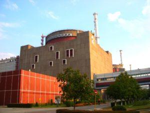На Запорожской АЭС для устранения дефекта отключили один из энергоблоков