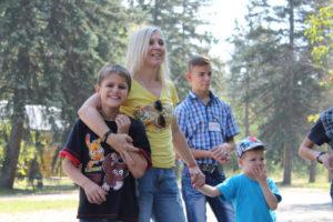В Запорожье стартовал уникальный образовательный проект для приемных семей - ФОТО