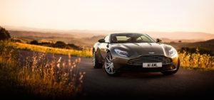 Житель Запорожья обзавелся новым автомобилем Aston Martin за четверть миллиона долларов