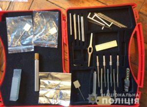 В Запорожье житель РФ похищал деньги с терминалов самообслуживания – ФОТО