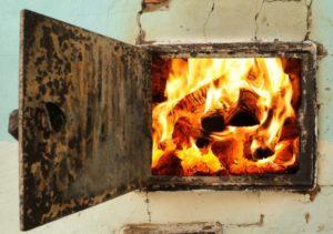 В Запорожье из-за неисправной печи горел жилой дом