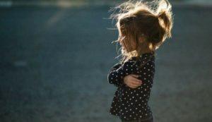 В Запорожье полицейские разыскали пропавшую четырехлетнюю девочку - ФОТО