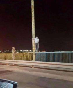 В Запорожье мужчина пытался совершить самоубийство, спрыгнув с ДнепроГЭСа - ФОТО