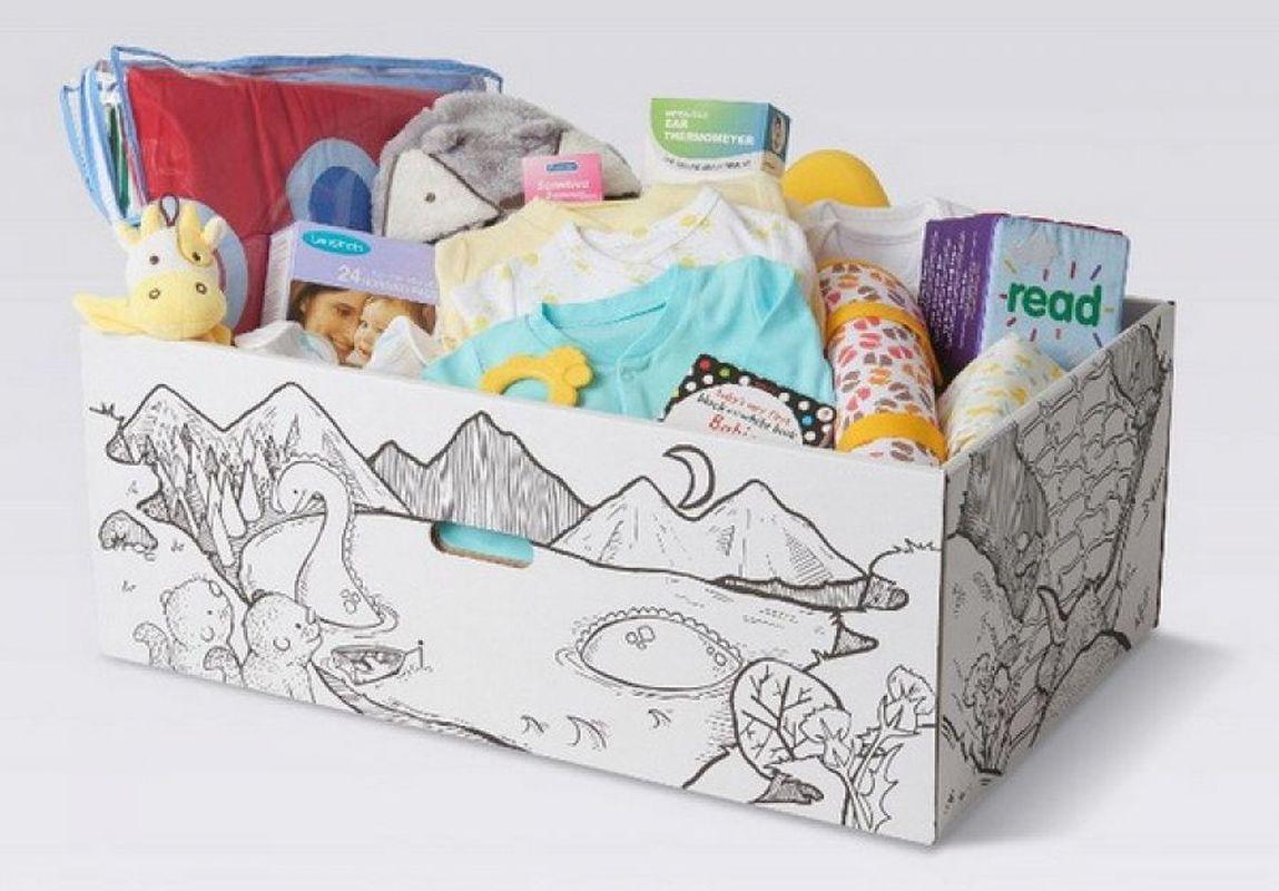 Запорожским матерям выдали почти тысячу «пакетов малыша»