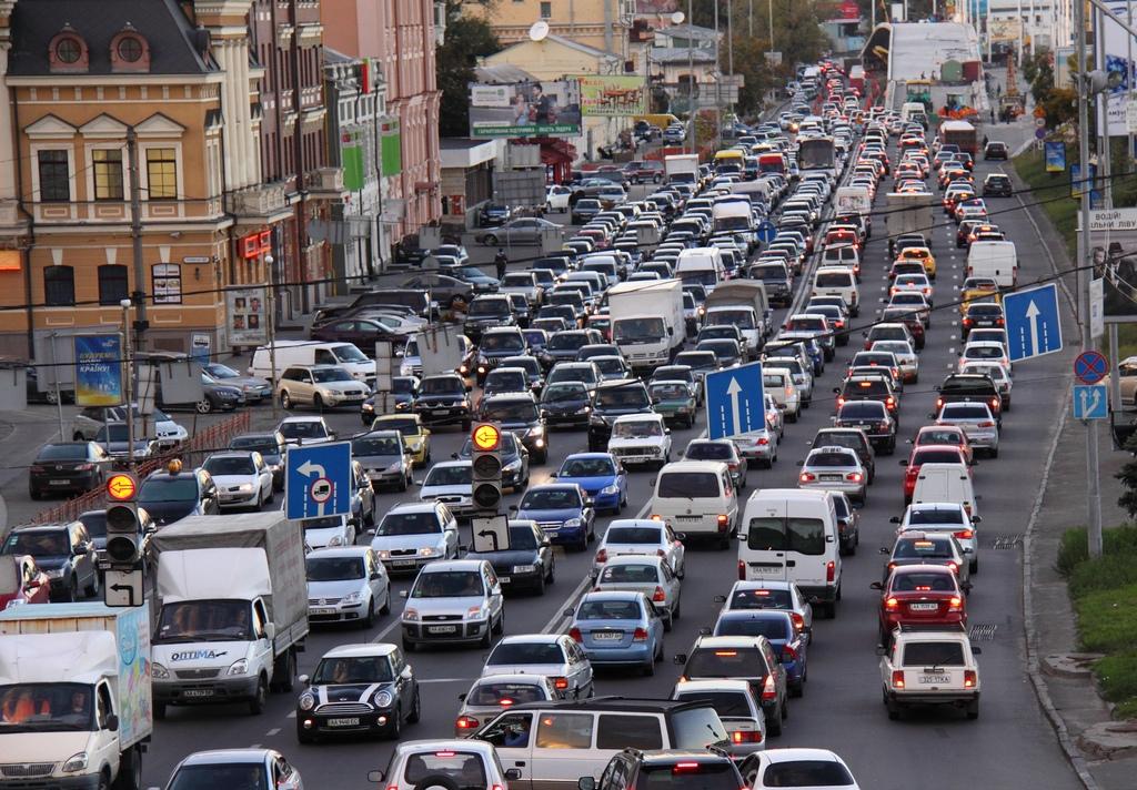 Пока Европа ужесточает требования к дизельным автомобилям, одним из основных источников загрязнения воздуха в Украине являются выхлопные газы