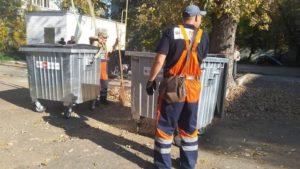 В Запорожье в ближайшие дни заменят 400 мусорных контейнеров