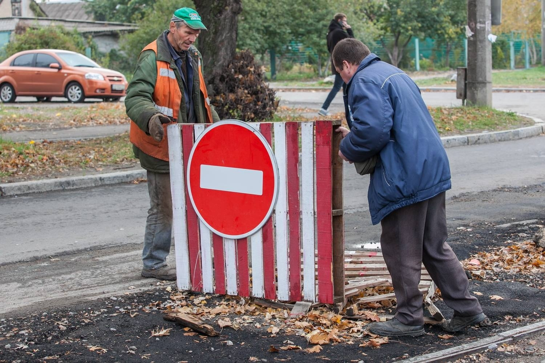 Ремонт трамвайного переезда в Шевченковском районе Запорожья обещают завершить до конца года - ФОТО