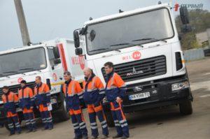 Новая техника, система GPS навигации и онлайн-отслеживание наполняемости мусорных баков: запорожский «Вельтум» презентовал изменения на предприятии