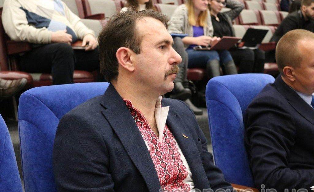 Один из депутатов Запорожского областного совета заявил о желании сложить свои полномочия