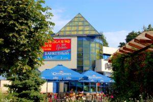 Владельцы кафе «Наутилус» подали иск в суд и требуют признать незаконным выделение земли другому арендатору