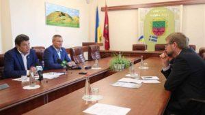 Мэр Запорожья обсудил с послом Швеции возможность сотрудничества по экономическим, культурным и социальным вопросам