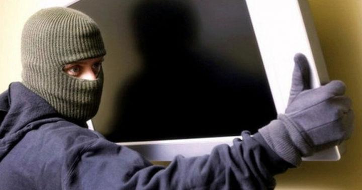 В спальном районе Запорожья ночью произошло разбойное ограбление - ФОТО