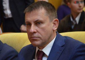 Руководитель запорожской налоговой купил